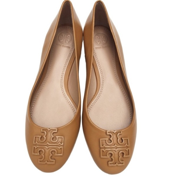 889d94156a3c7c Final sale Nwot Tory burch flat 6.5M no offers. M 5b1edd973e0caab5bcc09370